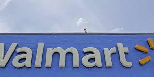 14 Gun Cabinet Walmart by Walmart Apologizes For U0027own The Year Like A Hero U0027 Gun Display