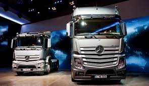 Mercedes-Benz-Blog: Daimler Trucks At The 64th IAA Commercial ... Freightliner Trucks Is Putting Knowledge Daimler North Successful Year For With Unit Sales In 2017 Mercedesbenz Created A Heavyduty Electric Truck Making City Commercial Truck Success Blog Presents Itself At Worlds Largest Manufacturer Launches Pmieres Made India Trucks Iaa Show Selfdriving Semi Technology Moving Quickly Down Onramp Financial America Teams Up Microsoft To Make From Around The Globe Fbelow And Daimler Trucks North America Sign Long Term Official Website Of Asia