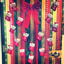 Christmas Office Door Decorating Ideas Pictures by Office Cubicle Decorations For Christmas Office Window Decorations