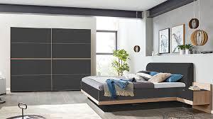 interliving schlafzimmer serie 1010 schlafzimmerkombination basaltfarbenes glas jackson eichefarbene kunststoffoberfläch