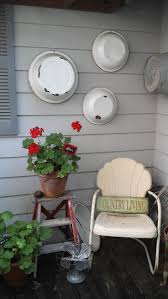 Inexpensive Screened In Porch Decorating Ideas by Best 25 Country Porch Decor Ideas On Pinterest Country Front