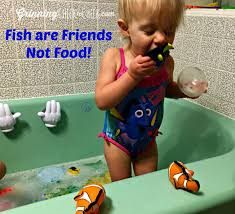Bath Spout Cover Babies R Us by Finding Nemo Bath Toys With Thefirstyears Grinning Cheek To Cheek