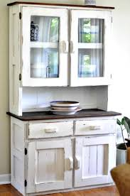 Shabby Chic Dining Room Hutch by 39 Best Hutch Make Over Images On Pinterest Painted Hutch