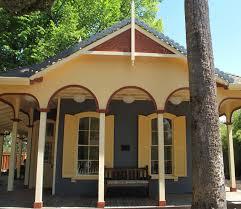 fort Inn Calistoga Fresh Napa Valley S Iconic Brannan Cottage