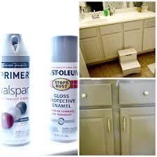 Nuvo Cabinet Paint Video by How To Spray Paint Cabinets Bathroom Makeover