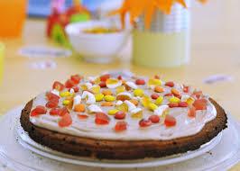 bunt belegte cookie torte süße pizza für den