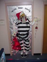 Cubicle Decoration Ideas For Christmas by Amazing Office Door Decoration Fresh Wow Factor For Cubicle
