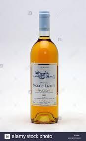 bottle of chateau moulin lafitte wine sainte croix du mont