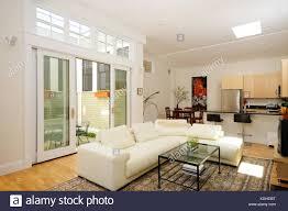 offenen grundriss wohnzimmer esszimmer küche und atrium