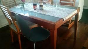 auszieh tisch und 4 boconcept stühle