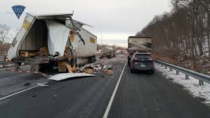 Police Identify Connecticut Truck Driver Killed In Massachusetts ...