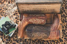 Bootbarn Sur Twipost.com Brad Paisley Unleashes His Inner Fashionista Creates New Clothing Lucknow Skin Shop Boot Barn Youtube Taylor Cassie Visit Linkedin Country Nashville Home Facebook 220 Best Cowboy Boots Images On Pinterest Boots Cowboys Tony Lama Mens Smooth Ostrich Exotic Jacqi Bling Swarovski Cowgirl My Beck Bohemian Cowgirl Womens Tank