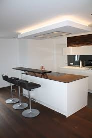 küche mit kochinsel und bar contemporary kitchen