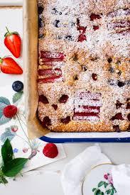 rezept für einen nusskuchen mit beeren hey foodsister