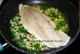 cuisiner le dos de cabillaud à la poele cabillaud poêlé à l ail et au persil