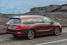 the odyssey in modern 2018 honda odyssey the modern minivan new on wheels groovecar