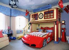 Lighting Mcqueen Toddler Bed by Disney Cars Lightning Mcqueen Toddler Bed And Bedding Value Bundle