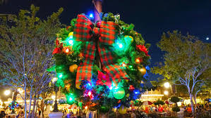 When Does Disneyland Remove Christmas Decorations by Magic Kingdom Transforms Into A Winter Wonderland Kennythepirate Com