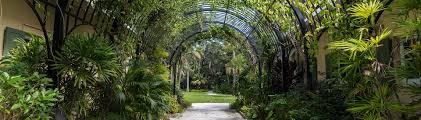 Hours McKee Botanical Garden