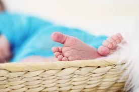 quand peut on sentir bebe bouger sentir bébé bouger c est quand la première fois