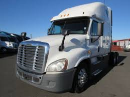 2013 FREIGHTLINER CASCADIA, Elizabeth NJ - 5005646940 ... Cventional Sleeper Trucks For Sale In New Jersey Kenworth Sleepers For Sale 2014 Lvo Vnl430 Fontana Ca 50039942 Cmialucktradercom 2016 Freightliner Cascadia Evolution Bolingbrook Il 5004638925 And Used For On Coronado 2013 Scadia Elizabeth Nj 5005646940 T660 Tampa Fl 5003187055 2012 French Camp 05011908 Tractors