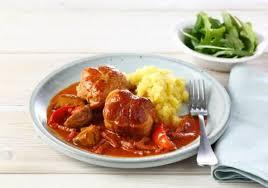 comment cuisiner paupiette de veau paupiette de veau sauce tomatée aux chignons maggi