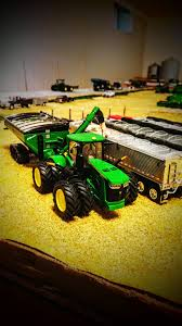 Images | Toy Talk | The Toy Tractor Times Online Magazine | Toy ... Custom 164 Farm Trucks At The 2015 St Louis Toy Show Youtube Some New Stuff Long Haul Trucker Newray Toys Ca Inc Truck Products 116th Scale New Holland Country Store 1987 Ertl Grain Set W Case 2594 Tractor Wagon Moores For Fun A Dealer Dusty Acres Updates Farmin Llc Presents Mini Chrome Shop Harvesting Archives Rockin H