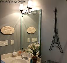 Paris Themed Bathroom Wall Decor by Paris Themed Bathroom Decor Paris Themed Wall Decor For Bathroom