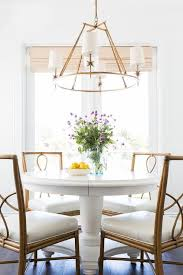 Amazing White Round Dining Room Table And Best 25 Ideas Only On