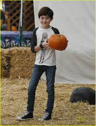 Lawrence Pumpkin Patch by Mason Cook Visits Pumpkin Patch Photo 445043 Photo Gallery