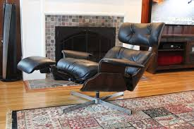Plycraft Mr Chair By George Mulhauser by Plycraft Eames Style Recliner With Built In Footrest The Mid