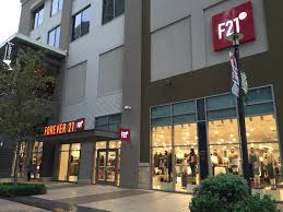 Christmas Tree Lane Turlock Ca Hours by How Is F21 Red Different From Forever 21 And Should I Shop At The