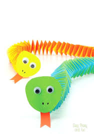 Construction Paper Accordion Snake Craft Simple And Fun For Kids A Perfect Intro To Origami Crafts Summer