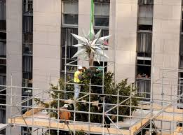 Rockefeller Christmas Tree Lighting 2014 Live by Swarovski Celebrates Raising Of Illustrious Star To The Top Of The