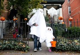 Halloween City Las Vegas Nv by Halloween 2016 Americans To Spend Record 8 4 Billion