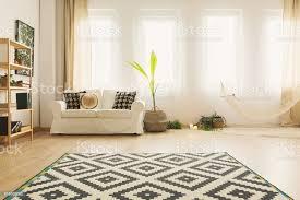 sand wohnzimmer mit hängematte stockfoto und mehr bilder architektur