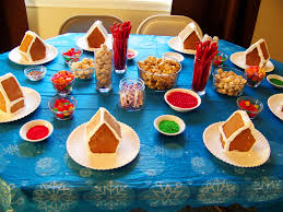 Wordless Wednesday Gingerbread House Decorating Party