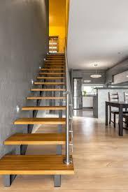 escaliers fonctionnels dans l idée moderne d intérieur de villa