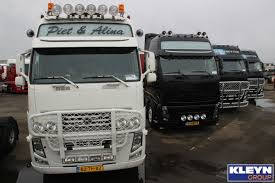 Truck Battle: Black Vs White. In What Color You Like The FH Best ...