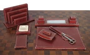 bureau en cuir marseilleantiquites set de bureau en cuir surpiqué carmin 1950