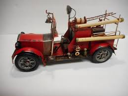 100 Metal Fire Truck Toy Vintage Red Engine 1889496374