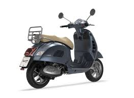 Vespa GTS 300 Scooter May Not Come To India This Year