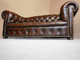 canapé chesterfield ancien vue canapé ancien modèle chesterfield jpg chaises tabourets