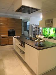 häcker musterküche moderne grifflose küche mit großer