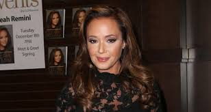 Cast Of Halloween 2008 by Leah Remini Joins The Cast Of U0027kevin Can Wait U0027 As Series Regular