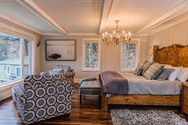 Example Of A Classic Dark Wood Floor Bedroom Design In Toronto With Gray Walls