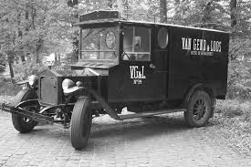 File:An Early 20th Century Van Gend & Loos Delivery Truck.jpg ... Dcp Mtimeontario Freightliner Century Dry Van Flickr 31565 Blank Fl Semi Cab Sleeper Truck With Reefer Van E350 Cargo Vans For Sale Camper Shells Bay Area Campways Truck Tops Usa Caps Inspirational A Catalogue Of The Textile Mills Citron H Wikipedia Custom Royal Service Body Ladder Rack Dcu And Clean Illustration Vinyl Wraps Pinterest Wrap Very Old Black Picture Alinum Racks For Pickup Topper Shell Roof Mail Allied Lines Inc Oakbrook Terrace Il Rays Photos