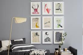 bilder aufhängen ideen für die bilderwand schöner wohnen