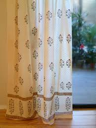 Chiffon Curtains Online India by Best 25 Printed Curtains Ideas On Pinterest Floral Curtains
