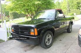 1989 Dodge Dakota Le Convertible Pickup 2 - Door 3. 9l